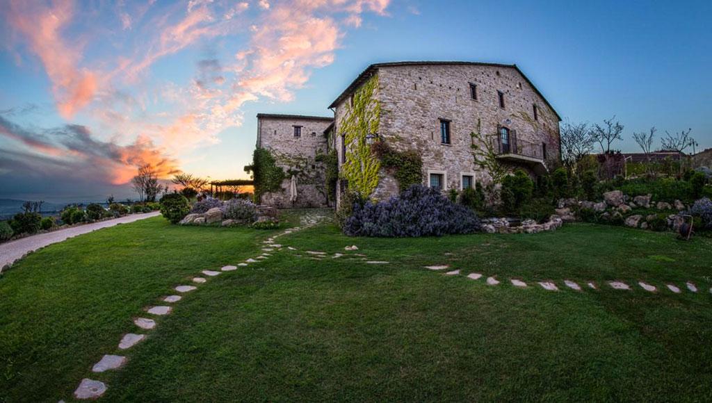 Petrata Castle in Assisi, best wedding location in Umbria Italy